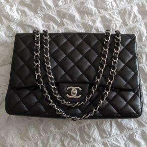 Authentic Chanel Maxi Single Flap Bag